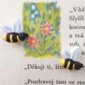 アメリカ ボタンガローア 3個-横向きミツバチ